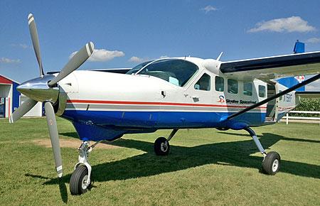 Skydive Spaceland Supervan 900